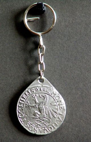 Piece Of Eight / Pewter Replica / Batavia 1629.  Rostock 1610. photo