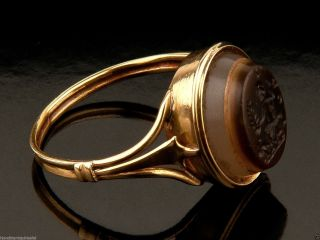 Ancient Roman Ring,  Intaglio & Gold Made,  Depiction Of Zeus,  3rd - 4th Century A.  D photo