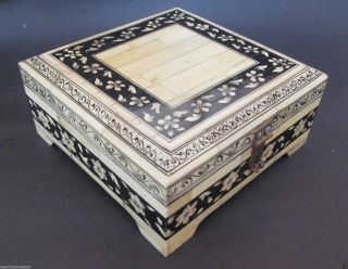 Antique Finish Vintage Look Wood Bone Hand Painted Square Collection Trinket Box photo