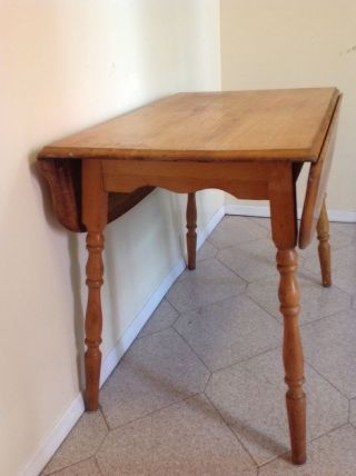 Oak Drop Leaf Table Light Wood Tone Blonde Wood For Pick Up Only photo