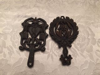 2 Vintage Wilton Miniature Cast Iron Trivets Eagle Wreath & Love Birds photo