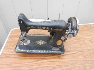 L655 - Vintage 1926 Singer Model 99 Sewing Machine For Restore/parts photo