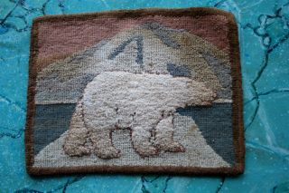 Vtg Grenfell Mission Hooked Mat Early Polar Bear Table Mat With Label photo