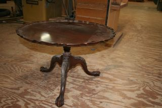 American Brown Mahogany Pie Crust Table With Tilting Top photo