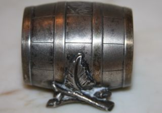 Vtg Simpson Hall Miller Quadruple Plate Barrel W/leaf Napkin Ring