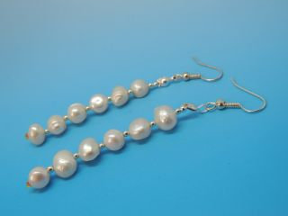 Old Natural Mother Pearl Beads Earrings Genuines photo