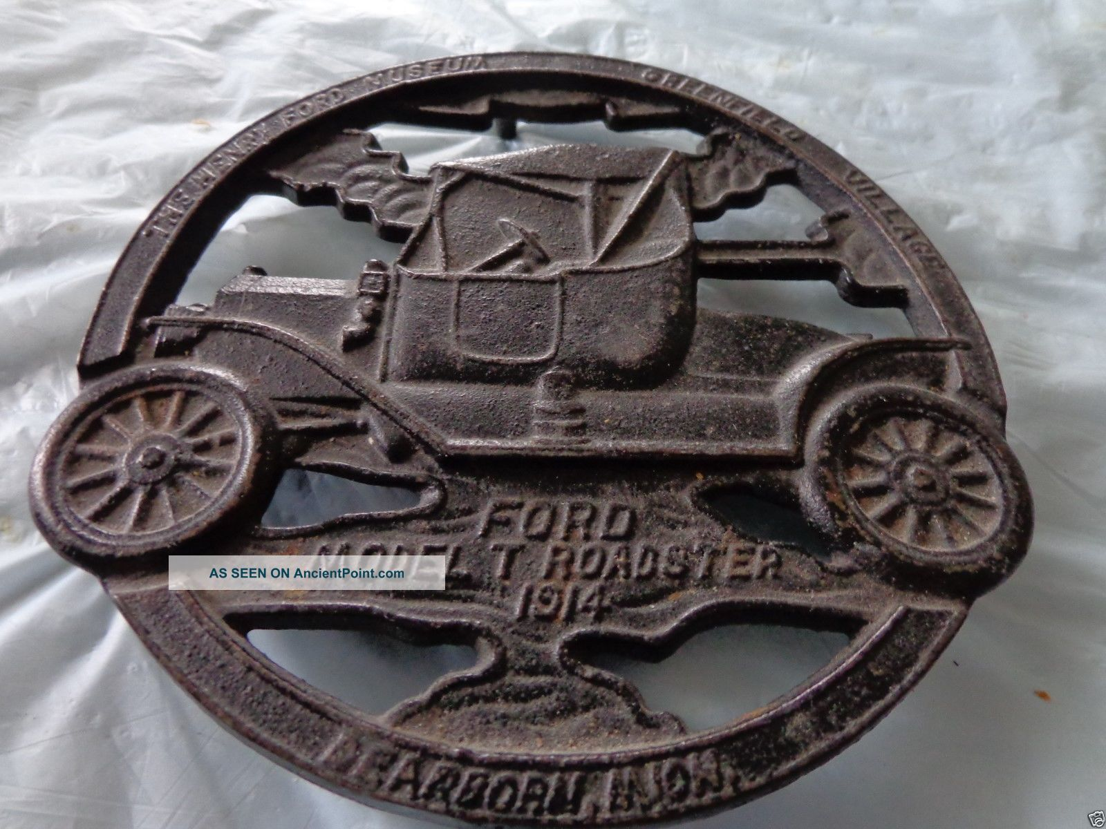 Ford Model T Roadster 1914 Cast Iron Trivet Greenfield Village - 1952 Good Cond Trivets photo