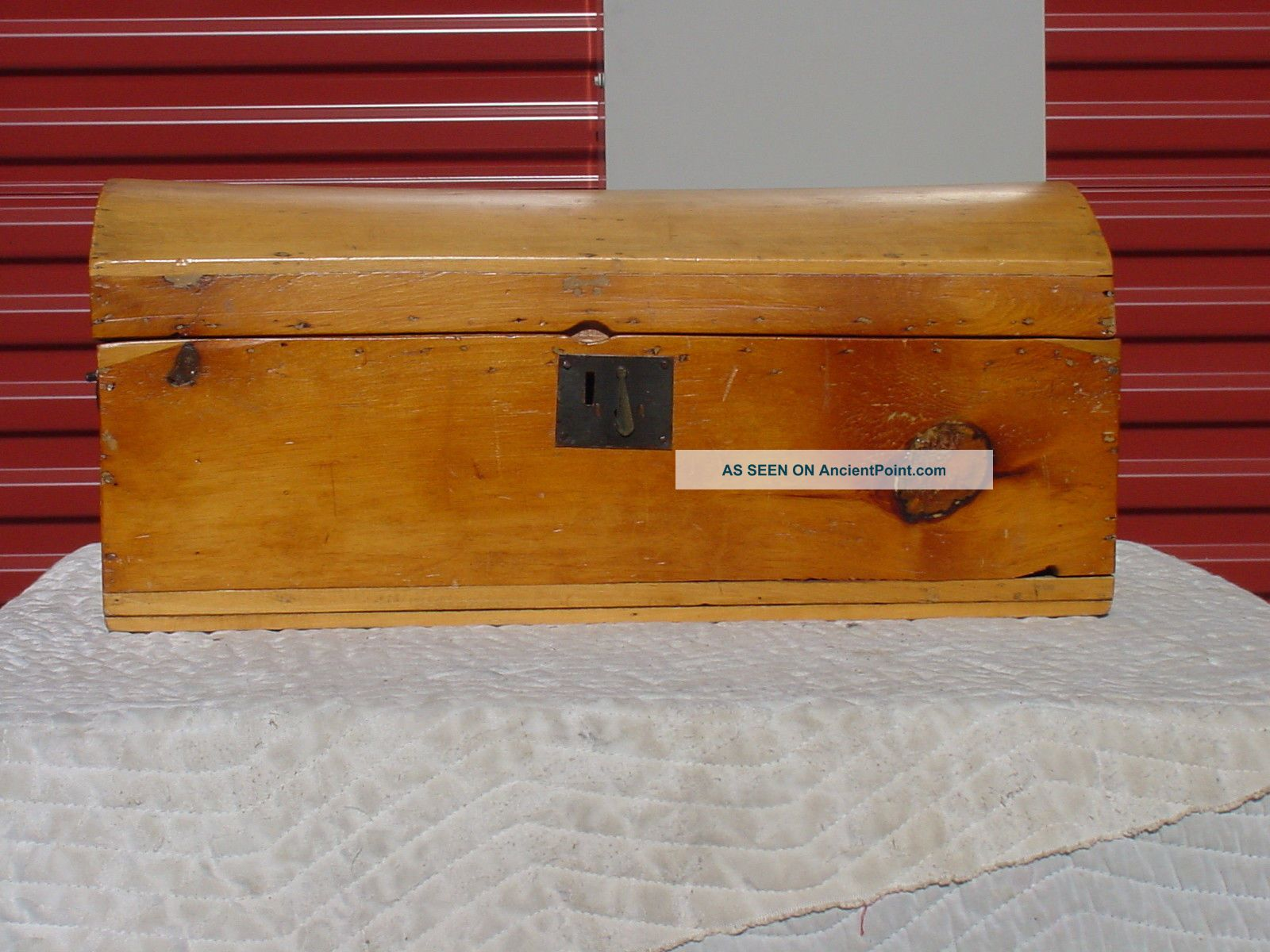 Antique Trunk Circa 1820 ' S/1830 ' S 1832 Newspaper Inside Smaller Size 1800-1899 photo