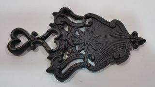 Vintage Wilton Cast Iron Footed Trivet Hearts/shield.  Solid photo