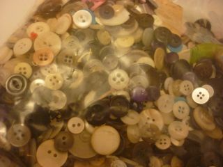 Vintage 1.  8 Lb Of Random Sewing Buttons photo
