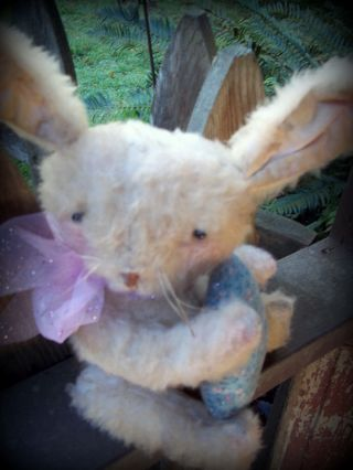Folky Prim Olde Thyme Sweet Little Fuzzy Spring Bunny An Egg. . . .  Pfatt photo
