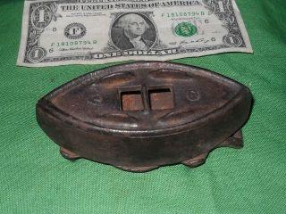 Vintage Antique Small Sadiron & Trivett Sad Iron Home Interior 2 - photo