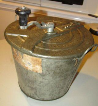 Antique Landers Frary & Clark Universal 4 Bread Maker Dough Mixer Vintage photo
