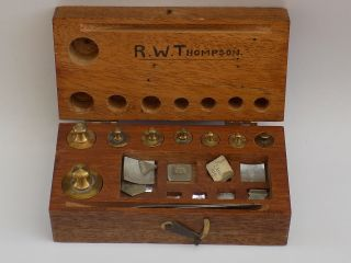 Vintage - Good Set Of Gramme Weights In Box - Hecker ' S Sons - Rotterdam - C1950 photo