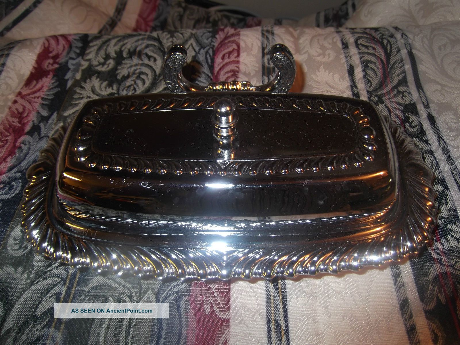 Vintage Silverplate Irvinware Butter Dish With Glass Insert Butter Dishes photo