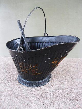 Antique Coal Scuttle Hod Bucket Tole Paint 17 Metal,  Ash Shovel,  Bail Handle photo