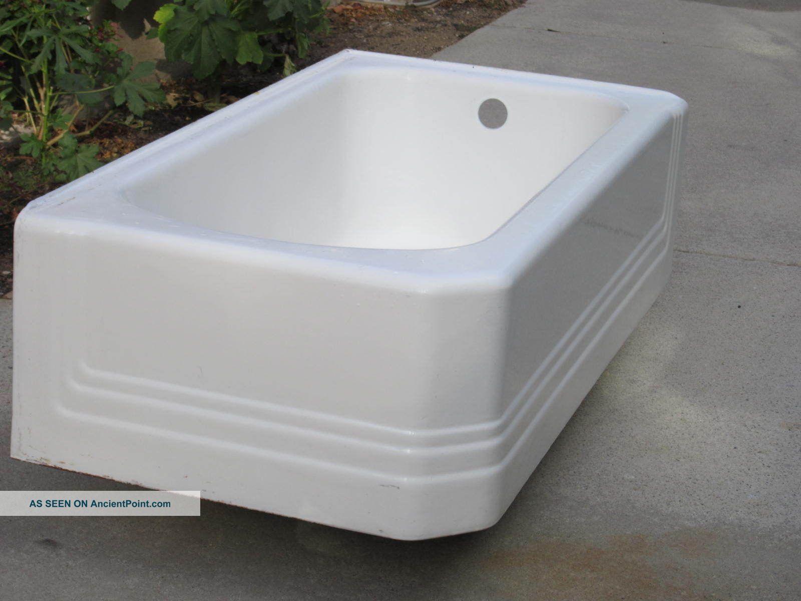 Vintage 1941 Full Skirt American Standard Bath Tub