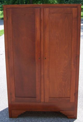 Wood Gun Cabinet With Key - It Will Lock photo