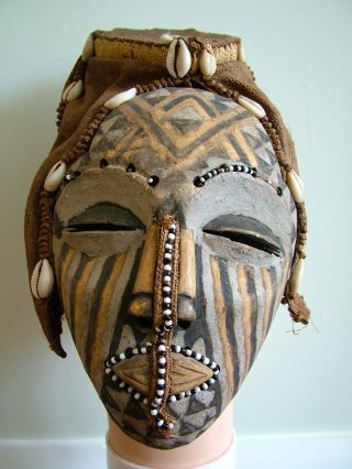Tribal Mask photo