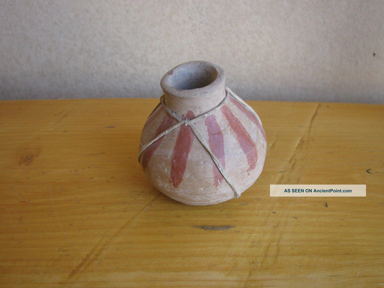 Antique Vtg Sm Cochiti ? Pueblo ? American Indian Pottery Vase Rawhide Navajo ? Native American photo