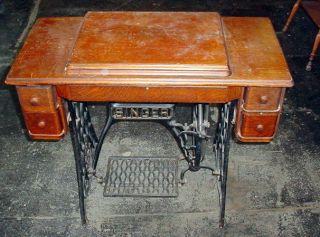 Vtg Hand Crank Treadle Singer 66k 1907 - 1920 Sewing Machine Cabinet photo