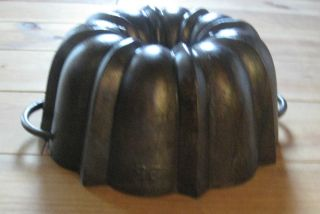 Rare Antique Cast Iron Bundt Pan From Germany 3542 G Stamped photo