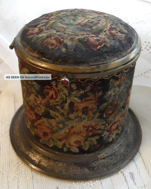 Victorian Vintage Metal Sewing Needle Case Box W Hinged Lid Petit Point Flowers - Needles & Cases photo