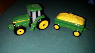 1998 John Deere Enesco Tractor And Wagon Salt & Pepper Shakers,  Farm,  Green, photo