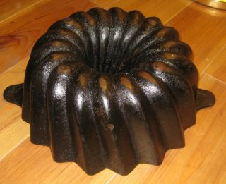 Very Old Big Antique Cast Iron Bundt Pan,  From Germany 3920 G Stamped photo