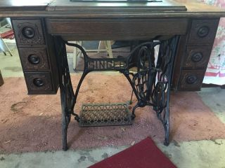 1913 Vintage 7 Drawer Ornate Singer Treadle Sewing Machine With Accessories photo