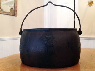 Vintage Cast Iron Oval Fireplace Hanging Pot/ Cauldron 5 Gal,  Large photo