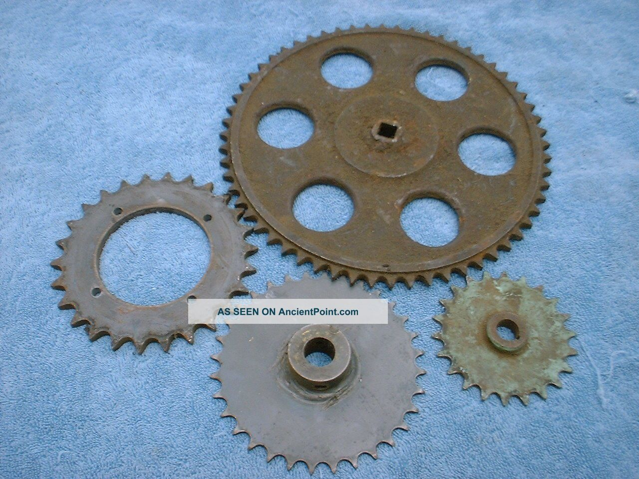 Vintage Cast Iron Industrial 4 Gear Sprockets Rustic Decor Steampunk Heavy Other photo