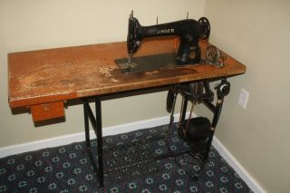Singer 31 - 15 Industrial Antique Sewing Machine Serial Aa643137 And photo