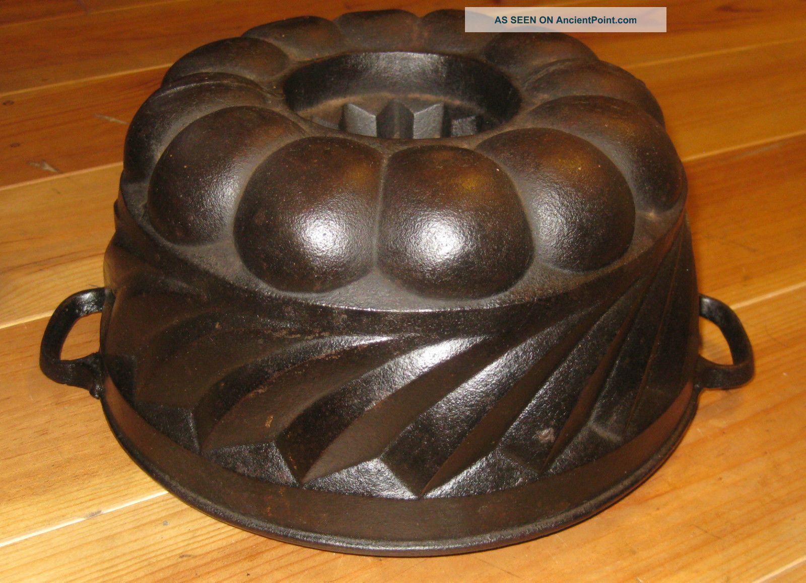 Very Rare Old Antique Cast Iron Bundt Pan Germany 3293 G Marked Other Antique Home & Hearth photo
