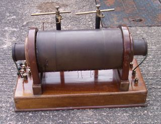 Early 20th Century Induction Coil On A Mahogany Base Ruhmkorffs,  Leaflet photo