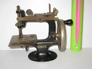 Singer Vintage Miniature Hand Crank Child ' S Sewing Machine Circa 1930s photo