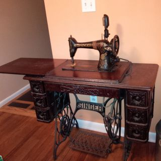 Antique Singer Treadle Sewing Machine Treadle Table Cabinet photo