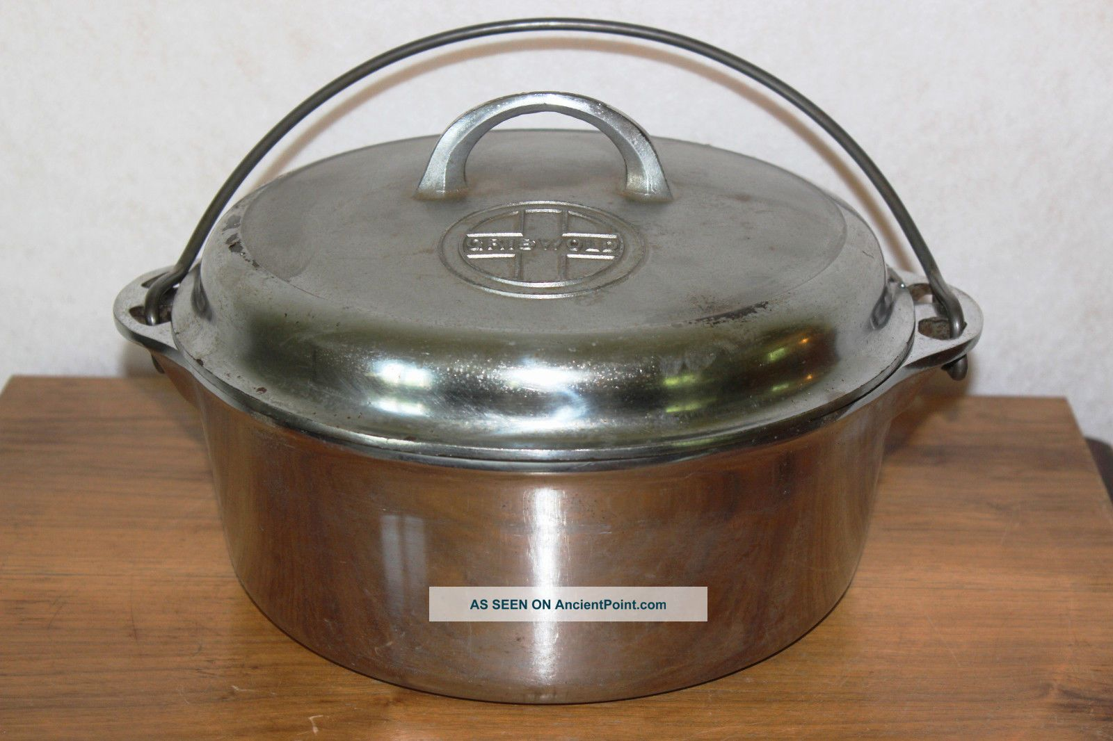 Vintage 1940 ' S Griswold 8 Cast Iron Dutch Oven 1278 W/ Button Logo Duo Chrome Other Antique Home & Hearth photo