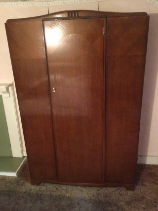 Lovely 1940 ' S Wardrobe In With Key photo
