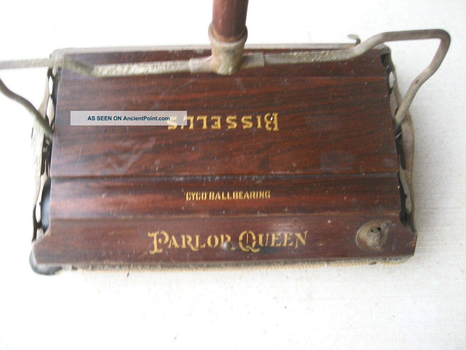 Antique Carpet Sweeper Cleaner