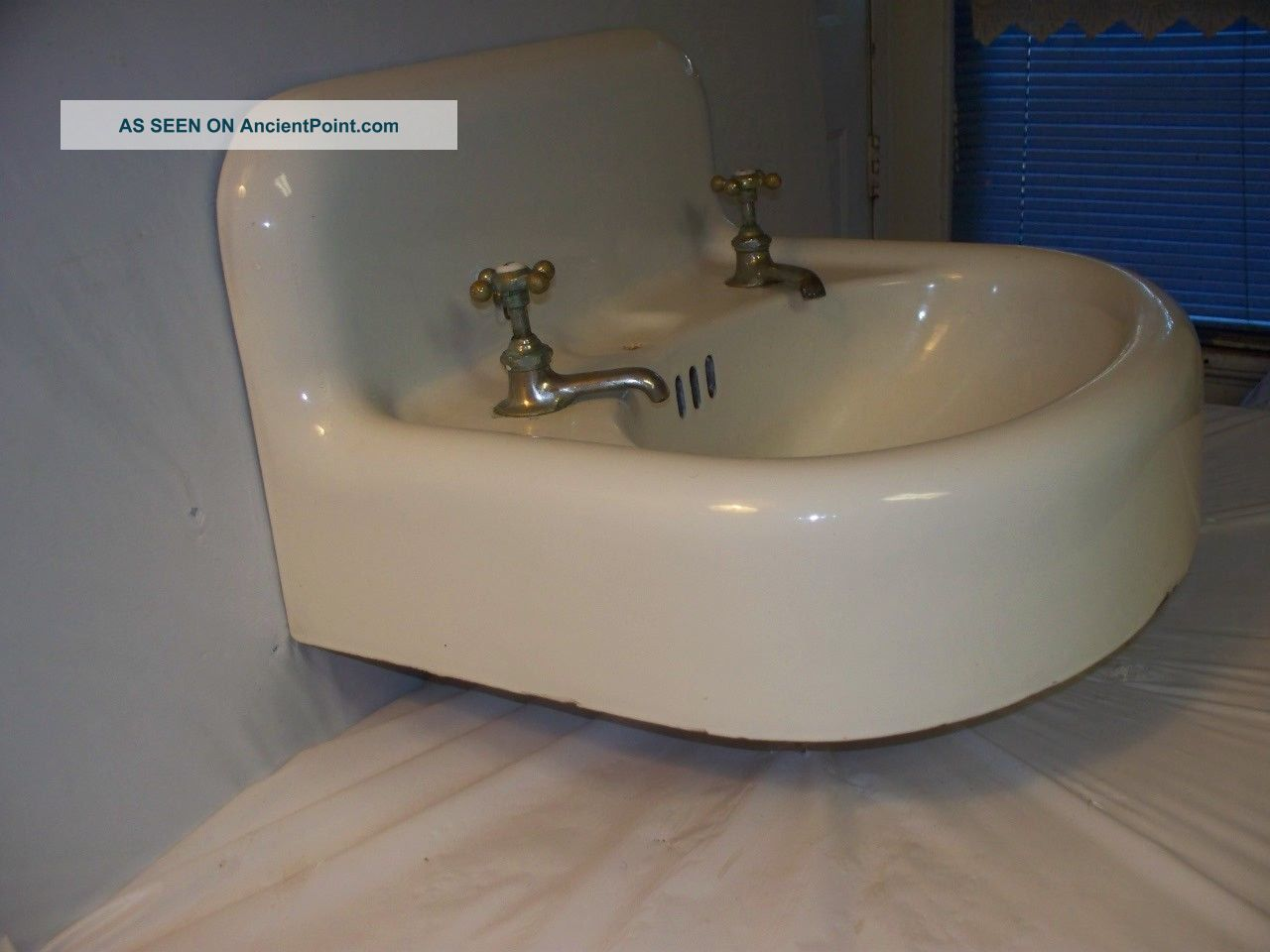 ... Cast Iron Bathroom Sink - Wall Mount - High Backsplash Sinks photo 5