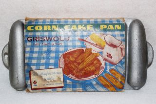 Vintage Griswold Corn Cake Pan No.  803 W/ Box Recipes Cornbread Stick Baking photo