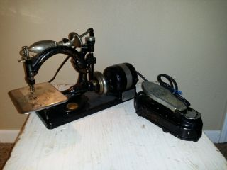 Antique Willcox & Gibbs Automatic Sewing Machine W Foot Pedal And Light photo