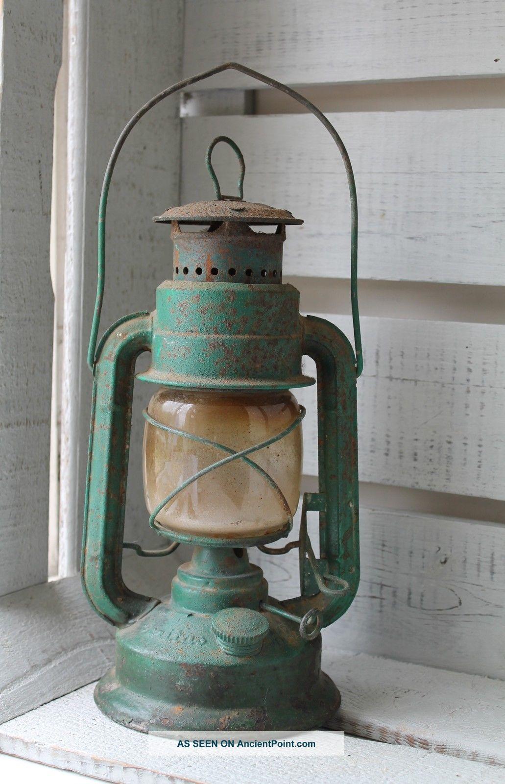 Vintage Wizard Paraffin Lantern Lamp Shabby Prairie Rustic Country Farm Green 20th Century photo