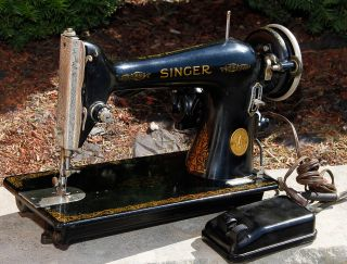 Vintage 1946 Singer Model 66 Sewing Machine W/ Controller Serviced.  Wow photo