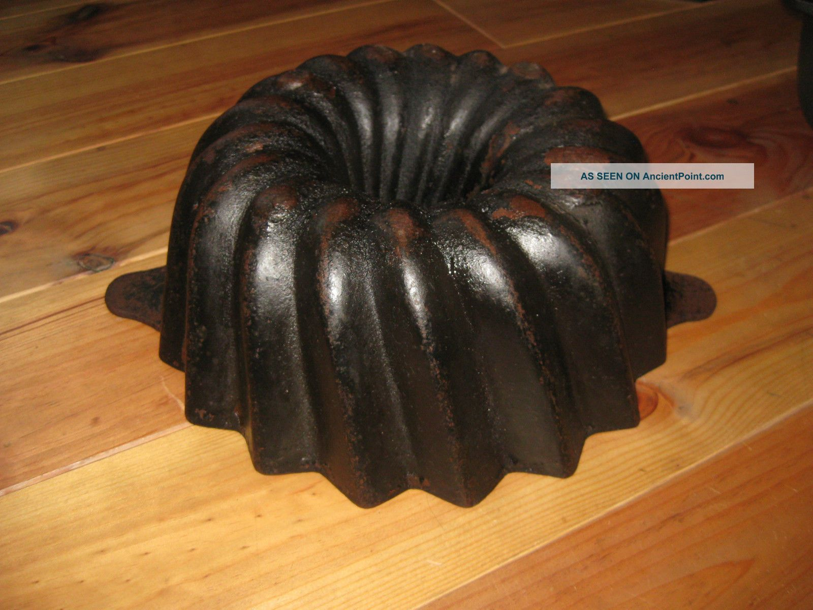 Big Antique Cast Iron Bundt Pan From Germany,  Good 3642 G Other Antique Home & Hearth photo