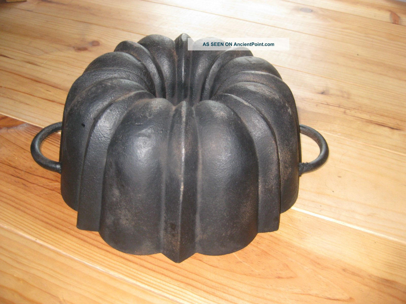 Very Old And Big Antique Cast Iron Bundt Pan Germany 3440 G Other Antique Home & Hearth photo