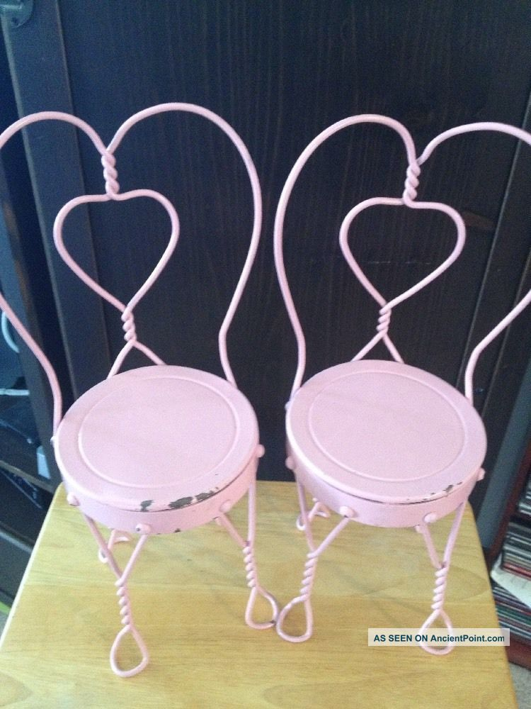 Vintage Pink Ice Cream Parlor Metal Heart Chairs Bistro 18