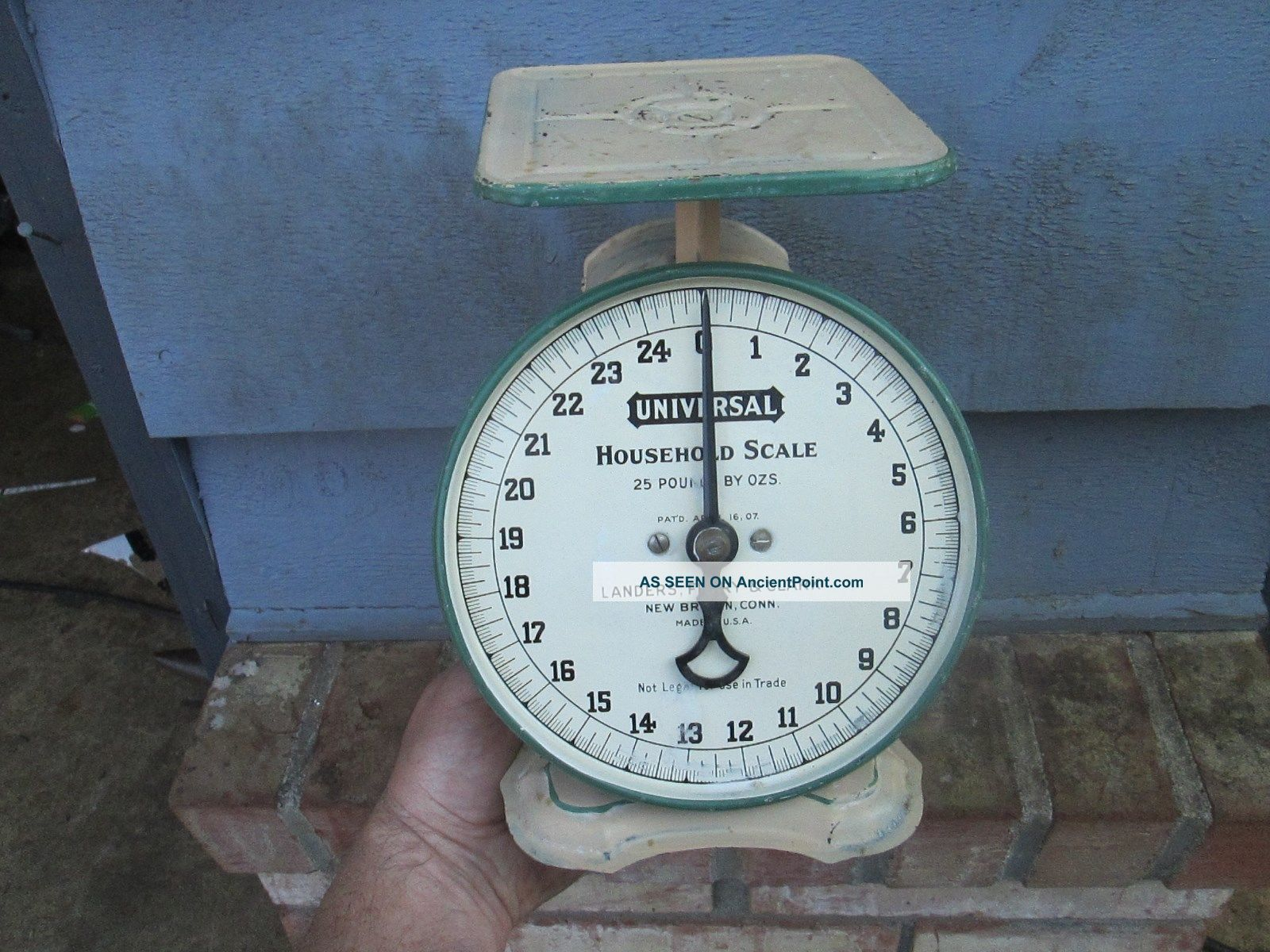 Antique Landers Frary & Clark Universal Household Scale Britain,  Ct,  Usa Other Antique Home & Hearth photo