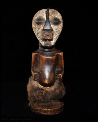 Songye Nkishi Power Figure 2621 - Drc photo